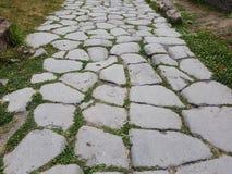 Na wiejskiej drodze w południe Włochy - Zdjęcia Stock