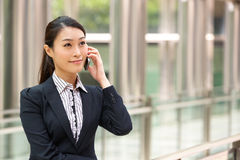 Na zewnątrz Biura chiński Bizneswoman Obrazy Stock