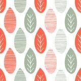 Naadloos aard vectorpatroon Oranje en groene bladeren met lijnen en takjes op witte achtergrond Hand getrokken de herfstornament Stock Foto's