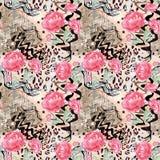 Naadloos abstract bloemenpatroon op een textuur van de luipaardhuid, slang Royalty-vrije Stock Afbeeldingen