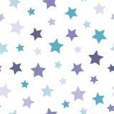 Naadloos abstract patroon met witte hand getrokken sjofele sterren van verschillende grootte op witte achtergrond aardig Stock Fotografie