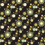 Naadloos bloemenpatroon bij zwarte achtergrond Stock Afbeeldingen
