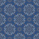 Naadloos BloemenPatroon Donkerblauwe achtergrond met bloemontwerpen Stock Fotografie