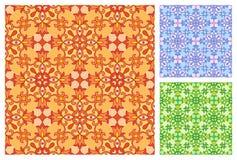 Naadloos bloemenpatroon in verschillende kleurenschema's Stock Foto