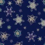 Naadloos die patroon van met de hand gemaakte document sneeuwvlokken wordt gemaakt Stock Foto