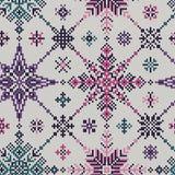 Naadloos gebreid patroon van gekleurde sneeuwvlokken Stock Foto