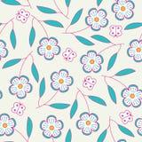 Naadloos hand getrokken patroon met bloemen en vlinders. Stock Afbeelding