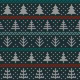 Naadloos Kerstmis noords breiend vectorpatroon met sparren, sneeuwvlokken en decoratieve lijnen Royalty-vrije Stock Fotografie
