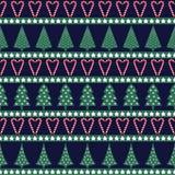 Naadloos Kerstmispatroon - gevarieerd Kerstmisbomen, sterren en suikergoedriet Stock Afbeeldingen