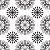 Naadloos met zwart-witte mandalas Stock Foto's