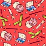 Naadloos patroon Geplaatste schoonheidsmiddelen De oogschaduw, mascara, bloost, potlood voor ogen Stock Foto