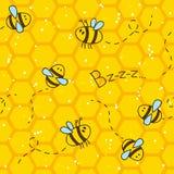 Naadloos patroon met bijen en honingraten Stock Foto