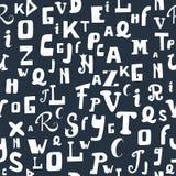 Naadloos patroon met brieven Hand getrokken Alfabet Leuke backgro Stock Afbeeldingen