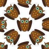 Naadloos patroon met Bruine uilen Stock Foto's