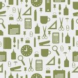 Naadloos patroon met de pictogrammen van de bureaukantoorbehoeften Stock Foto's