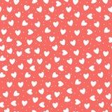 Naadloos patroon met ehite hand-drawn eenvoudige harten op koraal roze achtergrond vector illustratie