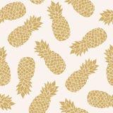 Naadloos patroon met gouden ananassen royalty-vrije illustratie