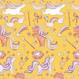 Naadloos patroon met grappige magische elementen Eenhoorn, tovenaar en mirakel Het kan voor prestaties van het ontwerpwerk noodza stock illustratie