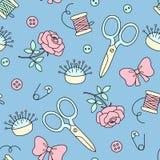 Naadloos patroon met hand getrokken het naaien krabbel Manierachtergrond in leuke beeldverhaalstijl Naaldbed, schaar, bogen Royalty-vrije Stock Afbeelding