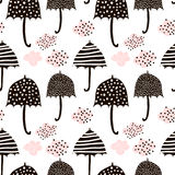 Naadloos patroon met hand getrokken kleurrijke paraplu's Kinderachtige textuur Groot voor stof, textiel Vectorillustratie royalty-vrije illustratie