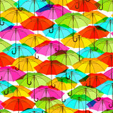 Naadloos patroon met heldere kleurrijke paraplu's Royalty-vrije Stock Foto