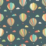 Naadloos patroon met hete luchtballons, sterren, wolken Stock Foto
