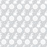 Naadloos patroon met Kerstmisklok met hulst, ballen, sneeuwvlokken Witte vlakke elementen op de zilveren-grijze achtergrond Royalty-vrije Stock Fotografie