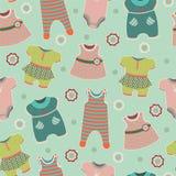 Naadloos patroon met kleren voor babys Royalty-vrije Stock Foto's