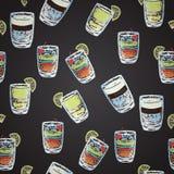 Naadloos patroon met krijt: cocktails Stock Afbeeldingen