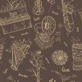 Naadloos patroon met muzikale instrumenten op bruine achtergrond Royalty-vrije Stock Fotografie