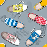 Naadloos patroon met tennisschoenen Stock Afbeelding