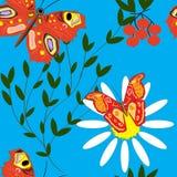 Naadloos patroon met vlinders, blauwe hemel en madeliefjes royalty-vrije illustratie
