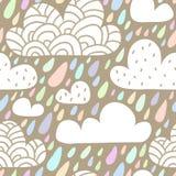 Naadloos patroon met wolken en dalende regendruppels in pastelkleurcol. Royalty-vrije Stock Foto's