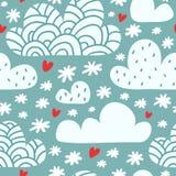 Naadloos patroon met wolken en dalende sneeuwvlokken en harten Stock Fotografie