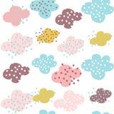 Naadloos patroon met wolken en hand getrokken vormen Creatieve kinderachtige achtergrond voor stof, textiel royalty-vrije illustratie