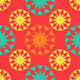Naadloos patroon, ongebruikelijke bloemen op een rode achtergrond Stock Foto