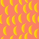 Naadloos patroon van bananen met roze achtergrond Stock Afbeelding