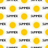 Naadloos patroon van de gele zon en de zwarte woordzomer col. Royalty-vrije Stock Fotografie