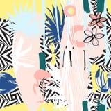 Naadloos patroon van Hand getrokken Tropische palmbladen, bloemen, vogels Stock Fotografie