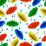 Naadloos patroon van multi-colored paraplu's royalty-vrije illustratie
