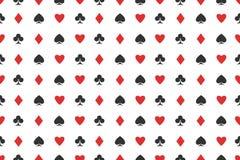 Naadloos patroon van speelkaartkostuums op wit vectorontwerp als achtergrond Stock Foto's