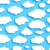 Naadloos patroon van witte wolken op blauwe hemel stock illustratie
