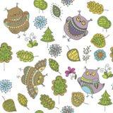 Naadloos vectorpatroon met uilen, bomen, bladeren en bloemen Stock Fotografie
