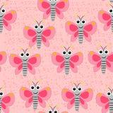 Naadloos vlinderpatroon op de roze bevlekte achtergrond Stock Fotografie