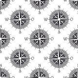 Naadloos zeevaartpatroon met oud kompas Royalty-vrije Stock Afbeeldingen