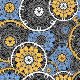 Naadloze achtergrond met cirkel symmetrische mandalas Stock Afbeeldingen