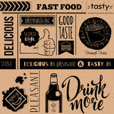 Naadloze achtergrond met snel voedselsymbolen Menupatroon Stock Fotografie