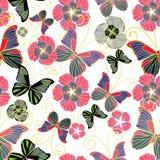 Naadloze achtergrond met vlinders en bloemen Stock Foto's