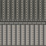 Naadloze achtergrond met zwart-wit patroon en grafische elementen royalty-vrije illustratie
