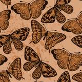 Naadloze achtergrond. Vlinders op oude vuile pape Stock Foto